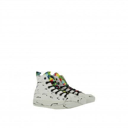 CONVERSE LIMITED EDITION -
