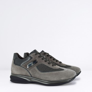 Sneaker in Camoscio Col. Grigio